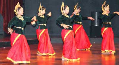 Cultural Programme30th of September 2012The Forum, Convention Centre RAIStarts at 17:15